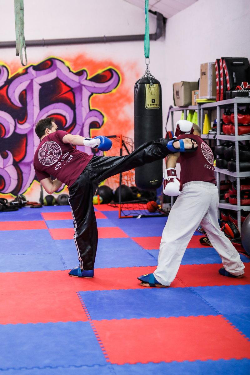 pratiquer un sport de combat damienLB (16) high kick